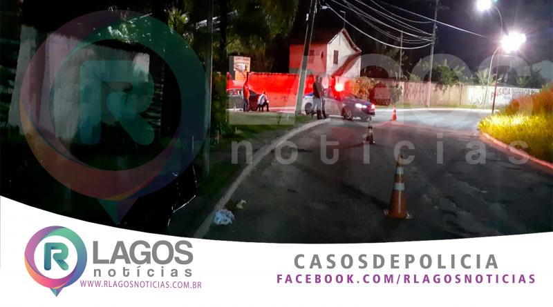 """Homem morre após sofre uma queda de moto no Peró em Cabo Frio """"veja o vídeo"""""""